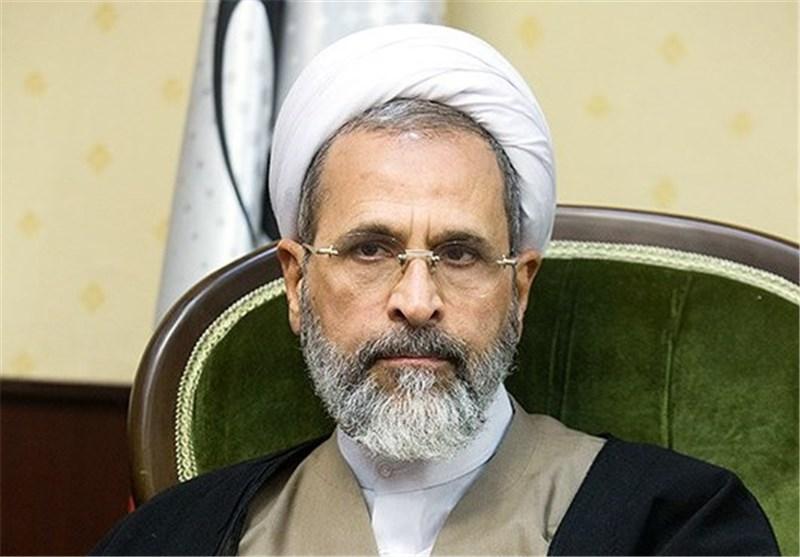 آیت الله اعرافی درگذشت روحانی جانباز استان یزد را تسلیت گفت