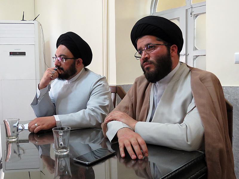 ۱۶ استاد از حوزه یزد موفق به دریافت مجوز تدریس مکالمه عربی شدند