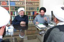 تصاویر نشست مدیر حوزه علمیه یزد با مدیرکل اوقاف و امور خیریه استان
