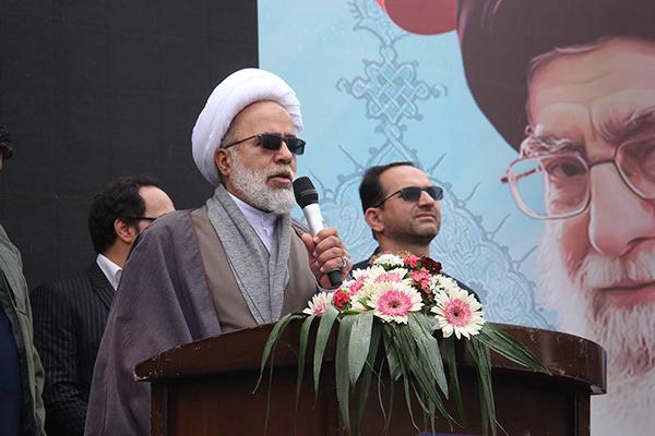 مشکل اصلی استکبار با ملت ایران بر سر دین و اعتقاد است