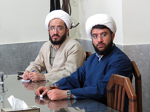تصاویر جلسه مدیر و معاونین مرکز مدیریت حوزه علمیه یزد