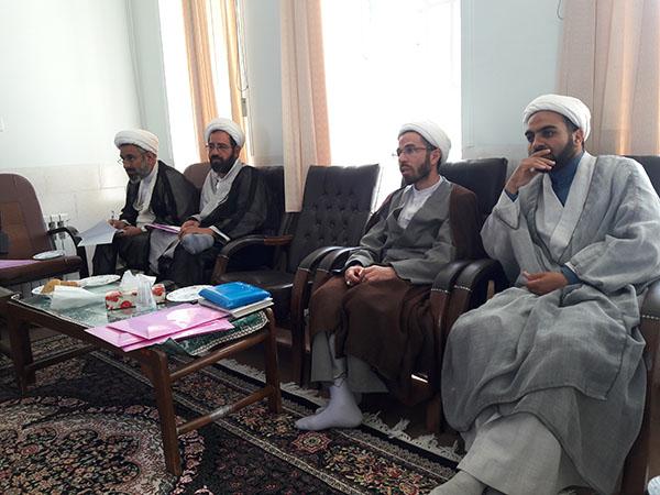 تصاویر / نشست هماندیشی مدیران مدارس علمیه استان یزد