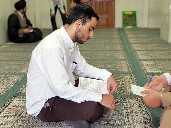 گزارش تصویری از طرح زیباخوانی قرآن کریم ویژه طلاب مدارس شهر یزد