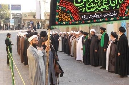 طلاب و روحانیون یزد میزبان مراسم عزاداری سومین روز شهادت اباعبداللهالحسین(علیهالسلام) + پوستر
