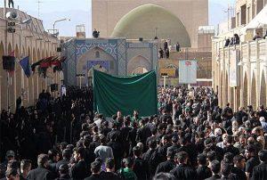 آیین ۱۰۰ ساله ۱۳محرم در یزد به میزبانی روحانیون برگزار شد