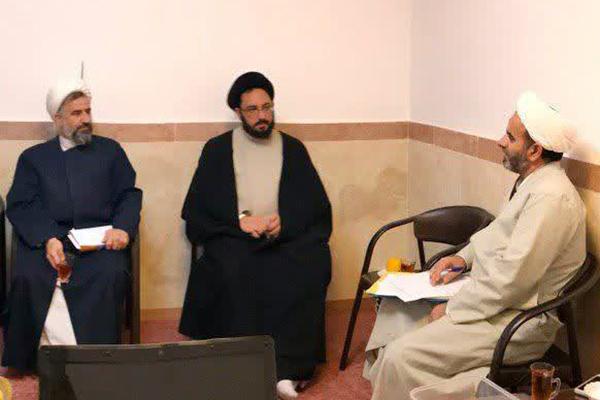 بررسی مسائل مربوط به اساتید حوزه علمیه استان یزد