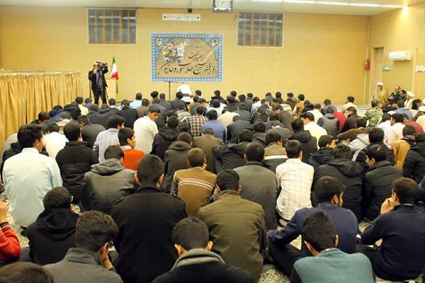 تجدید بیعت با رهبر معظم انقلاب و گراميداشت روز بسيج طلاب و روحانيون