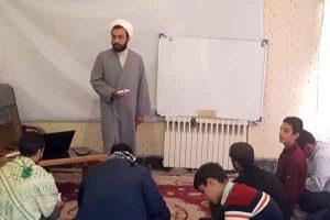 برگزاري كارگاه يكروزه هدايت تحصيلي در مدرسه علميه امام صادق(ع) مهريز