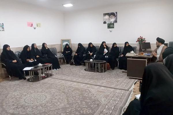 بازديد معاون تبليغ و امور فرهنگي حوزه علميه استان يزد از مبلغات مدارس امين شهرستان بافق