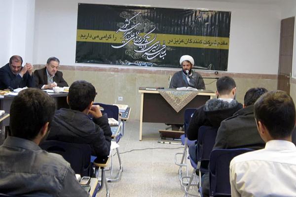 برگزاری مسابقات سراسری قرآن کریم در حوزه علمیه یزد + تصاویر