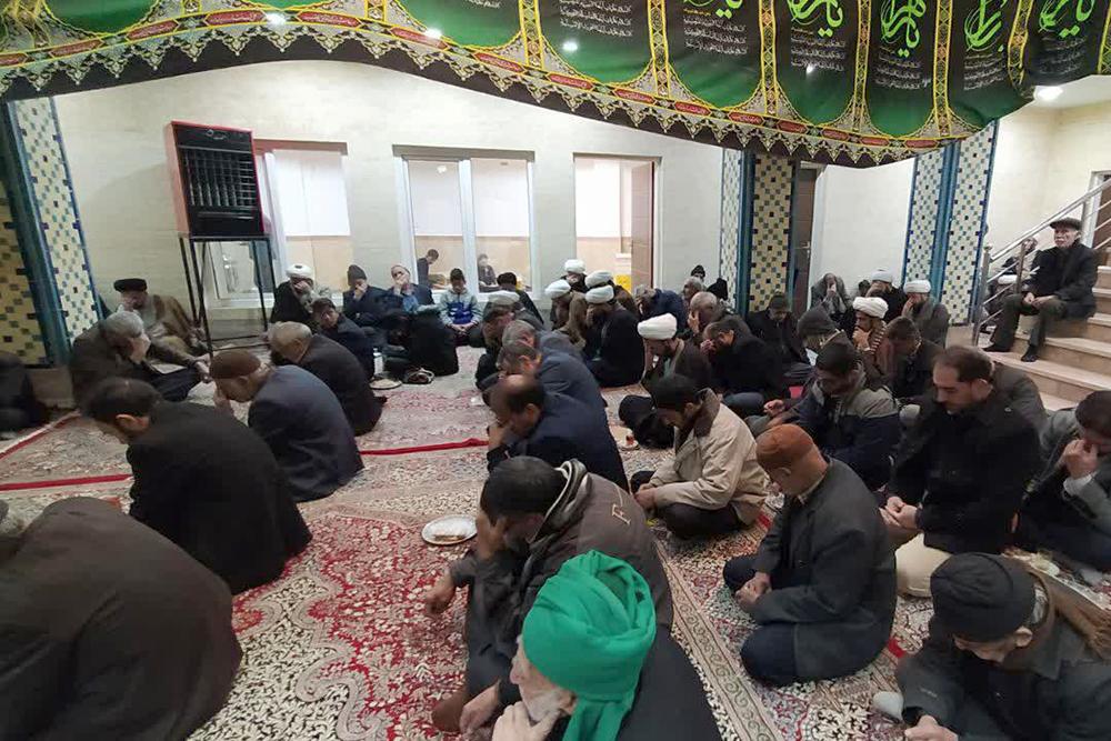 تصاویر مراسم روضهخوانی شهادت حضرت زهرا(س) در حوزه علمیه یزد