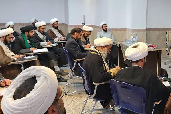 کـارگاه دانشافزایی مهارتهای تدریس در حوزه علمیه یزد
