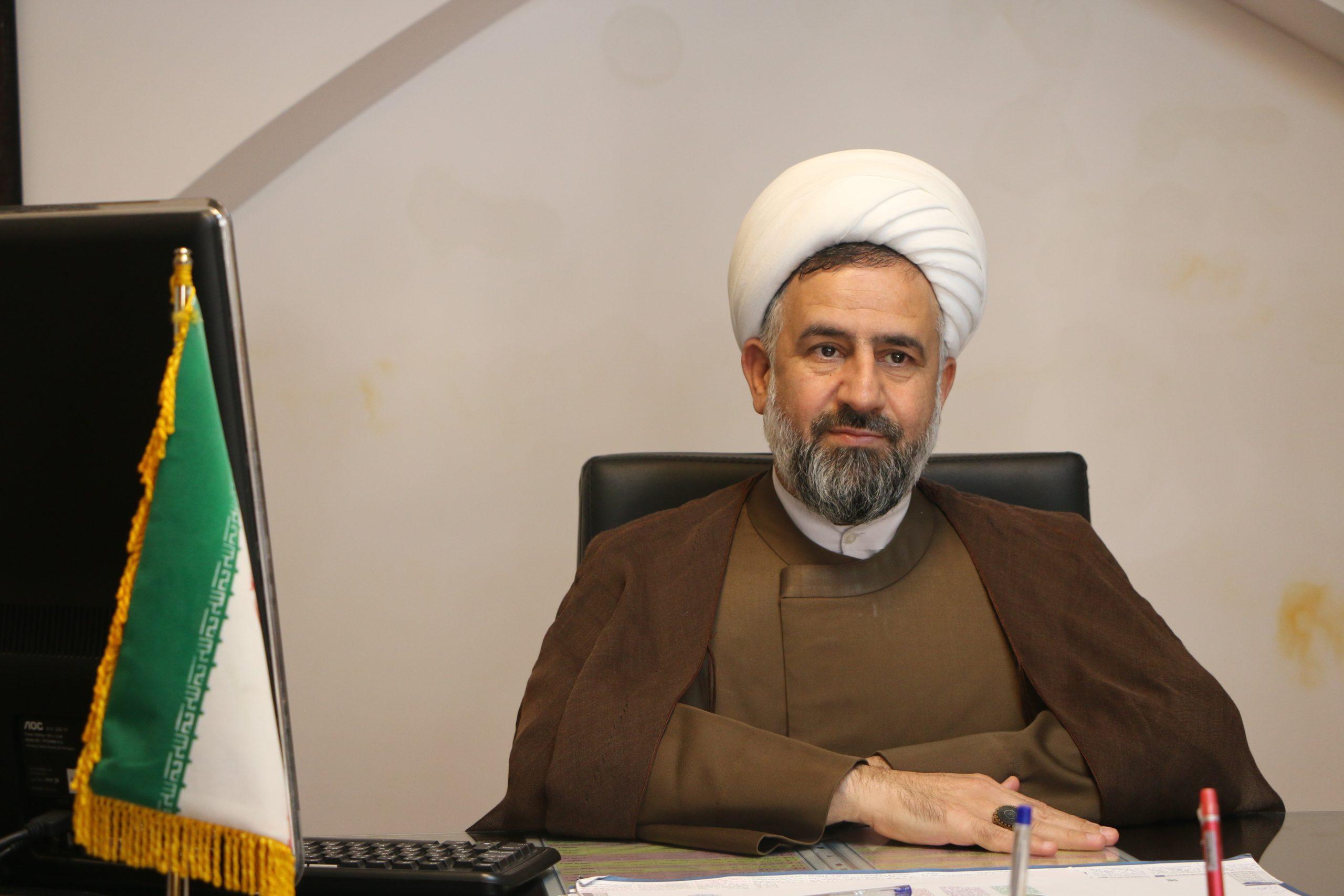 مدیر حوزه علمیه استان یزد از فعالیت بیش از ۳۵۰ طلبه جهادی در عرصه مقابله با ویروس کرونا خبر داد.