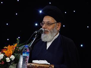 آیت الله سید محمدکاظم مدرسی قائم مقام شورای حوزه علمیه استان یزد، پاسخ می دهد.