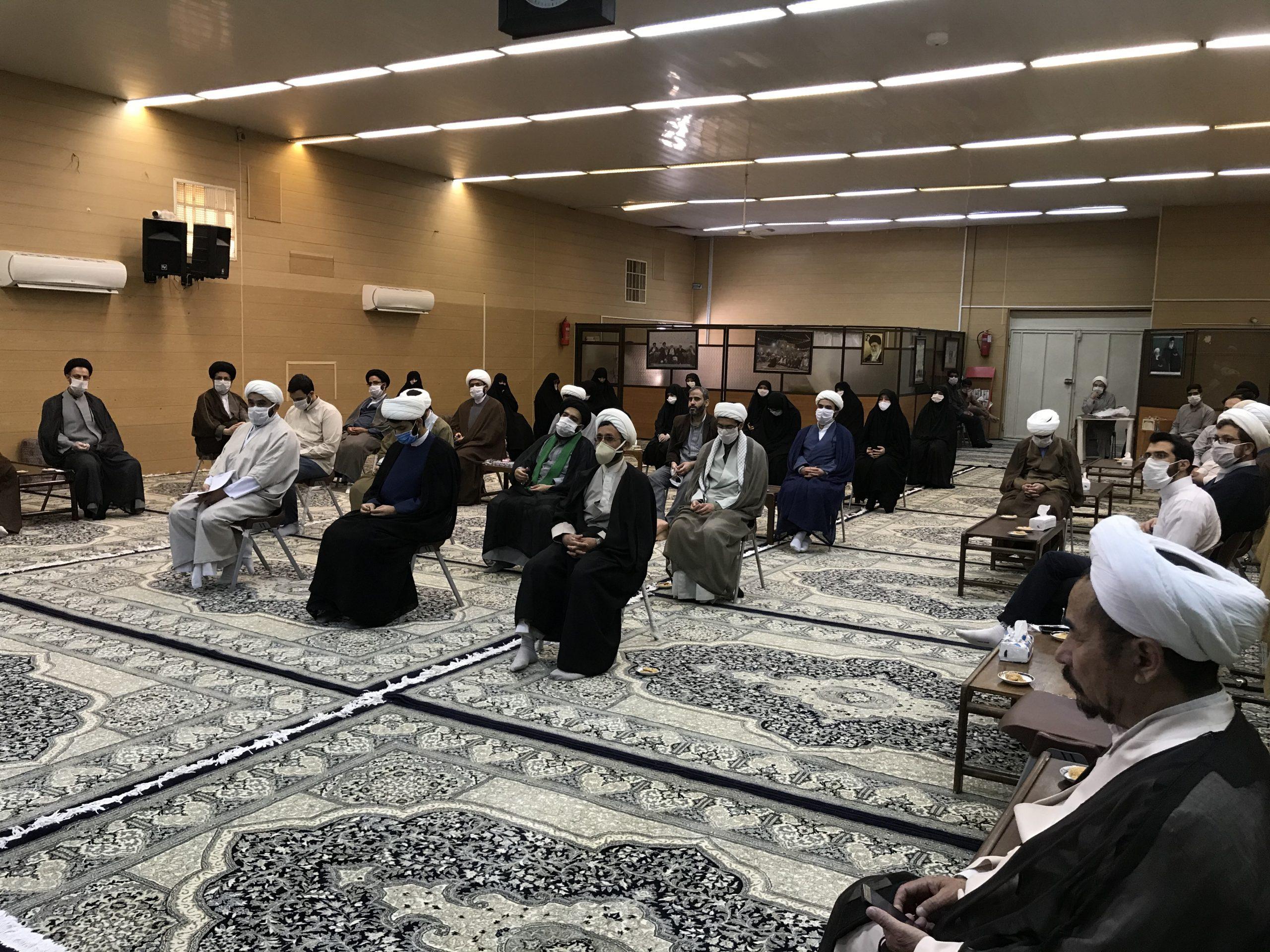 نمایندگان طلاب جهادی استان یزد به تشریح فعالیت های طلاب در ایام کرونایی پرداختند