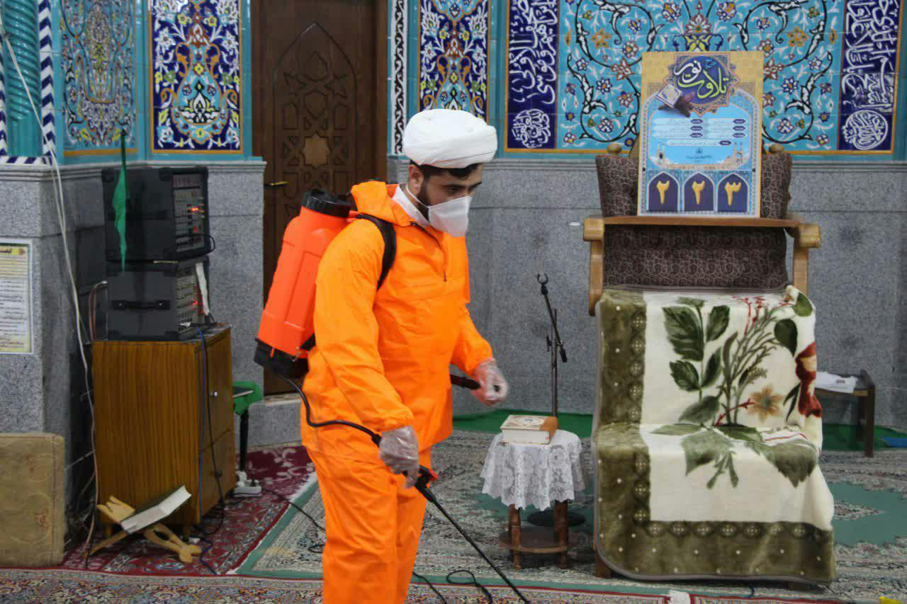 فعالیت طلاب یزد در مبارزه با ویروس منحوس کرونا