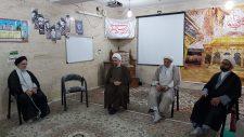 حجت الاسلام و المسلمین شمس در این دیدار به نقش اساتید را در تربیت طلاب مهم دانست.