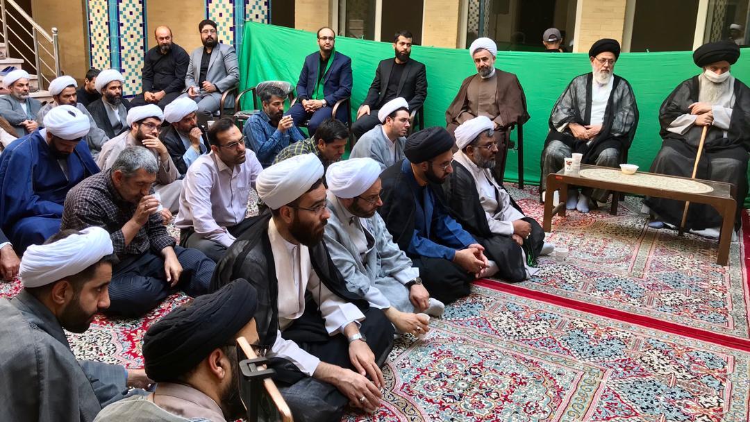 مراسم هفتمین روز درگذشت حجت الاسلام و المسلمین طباطبایی، در مدرسه علمیه عبدالرحیم خان برگزار شد.
