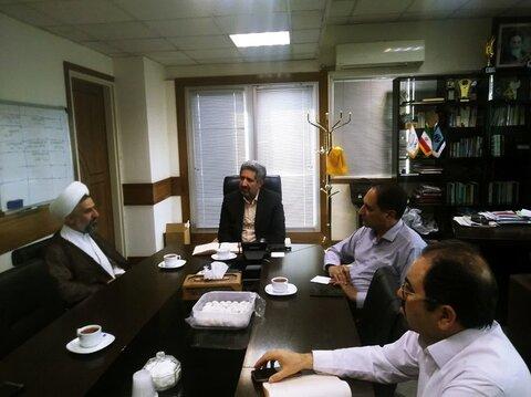جلسه مشترک مدیر حوزه علمیه استان یزد با مدیرعامل مخابرات استان درباره امور مربوط به زیرساخت های فناوری اطلاعات برگزار شد.