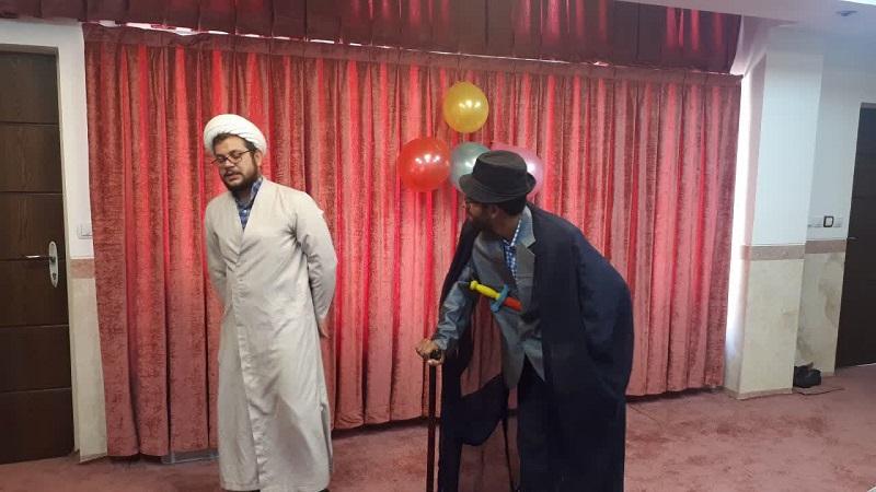 به مناسبت روز دختر جشن «فرشته های زمینی» در مدیریت حوزه علمیه استان یزد برگزار شد.