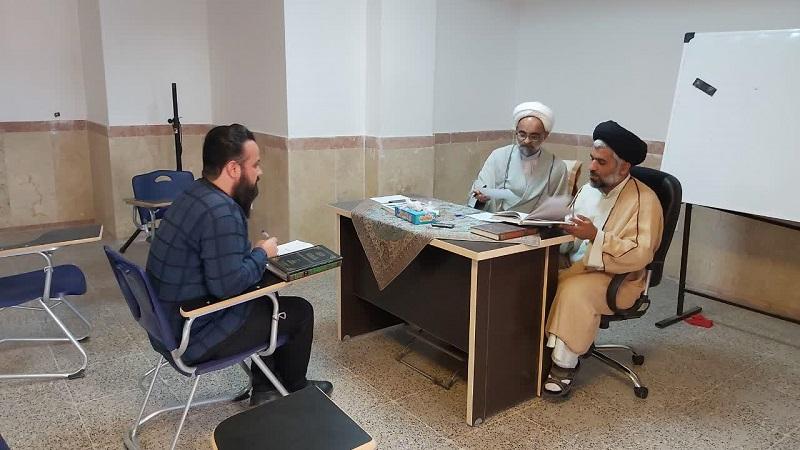 ششمین دوره آزمون شفاهی در سال تحصیلی جاری در حوزه علمیه استان یزد برگزار شد.