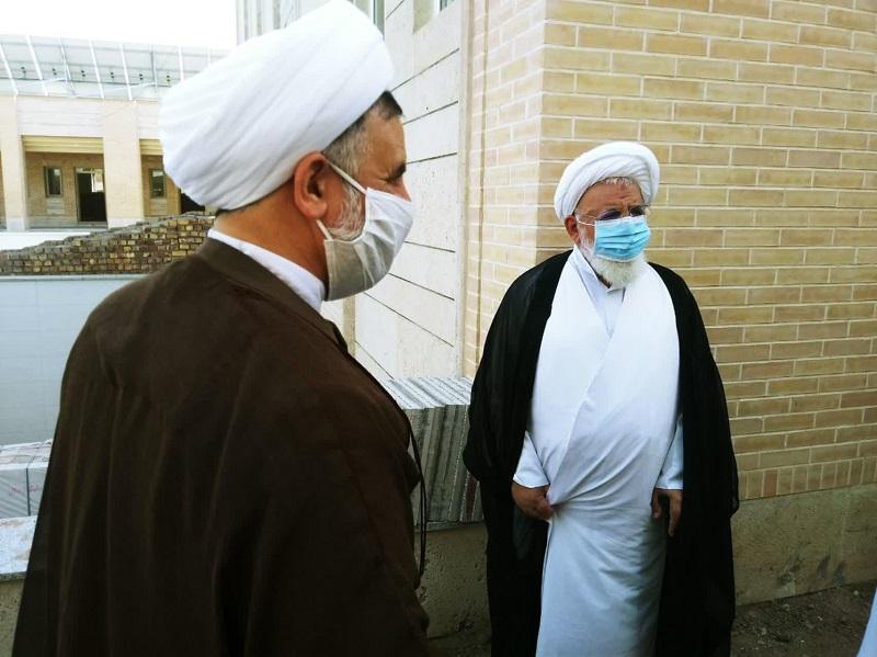 آیت الله ناصری از پروژه ساختمان جدید مدرسه علمیه امام صادق(ع) اردکان بازدید کرد.