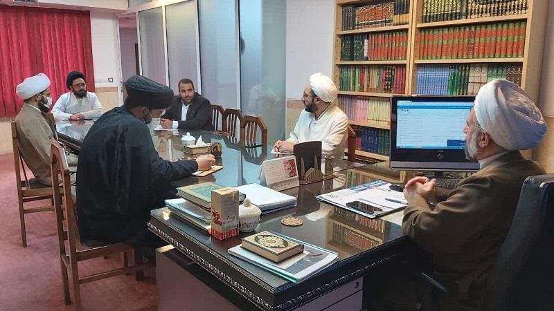 آزمون های رشته های تخصصی حوزه علمیه استان یزد با رعایت پروتکل های بهداشتی، به صورت حضوری برگزار می شود.