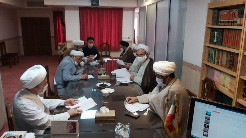 ستاد گرامیداشت چهلمین سال دفاع مقدس در حوزه علمیه استان یزد تشکیل شد.