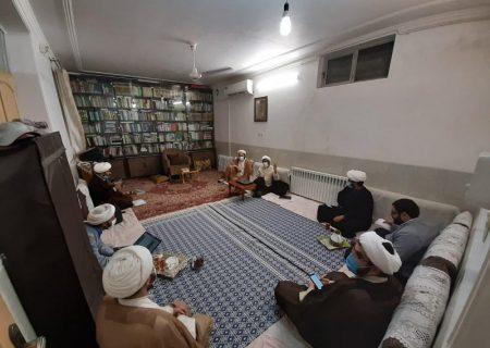 جلسات تدبر در دعای هشتم صحیفه سجادیه، به همت معاونت تهذیب حوزه یزد، برگزار شد.