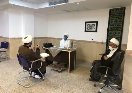 اساتید حوزه علمیه استان یزد جهت دریافت مجوز تدریس در آزمون شرکت کردند.