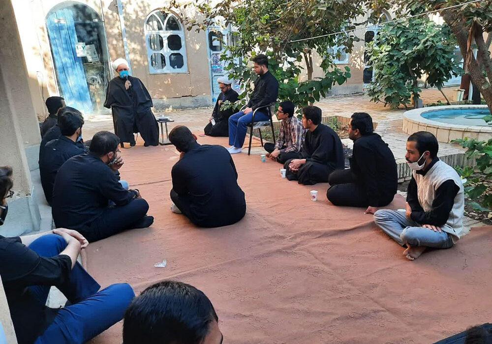 برگزاری مراسم عزاداری امام سجاد(ع) در مدرسه علمیه سفیران
