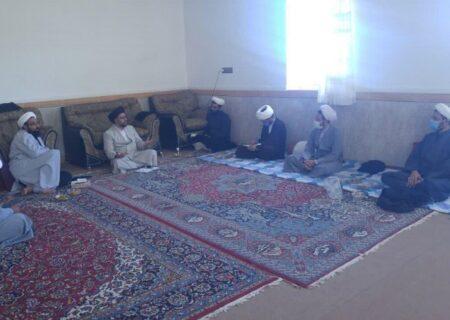 معاون تبلیغ و امور فرهنگی حوزه علمیه استان یزد با حضور در شهرستان بهاباد، فعالیت های مبلغان این شهرستان را مورد بررسی قرار داد.