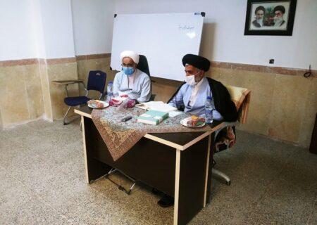 معاون آموزش حوزه علمیه استان یزد، از برگزاری ۱۰ دوره آزمون شفاهی در سال تحصیلی گذشته خبر داد.