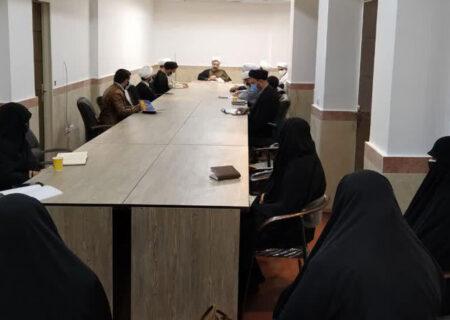 حضور طلاب در تغسیل اموات کرونایی ایثار و جهاد است