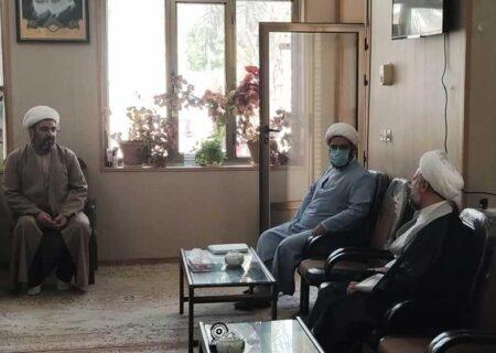 دیدار مدیر حوزه علمیه استان یزد با کادر اجرایی مدرسه امام صادق علیه السلام بافق